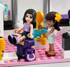 'Girls'' Lego
